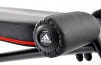 adidas - Banco de abdominales ajustable, color negro, plateado y rojo